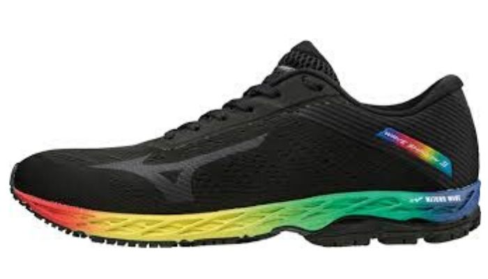Mizuno Mens Wave Shadow 3
