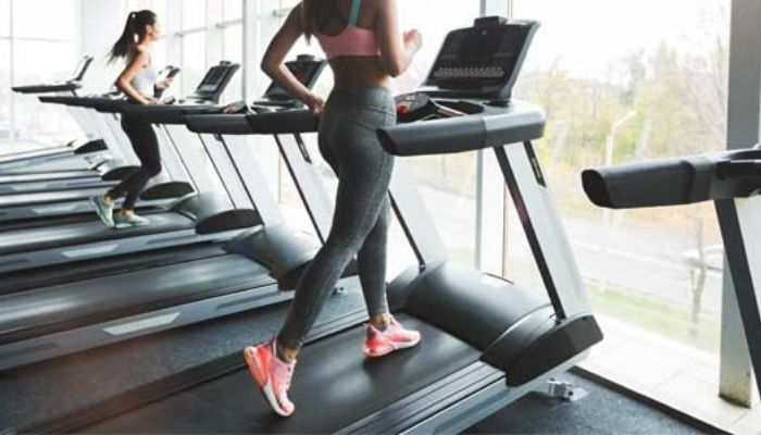 Lose Belly Fat by Walking on a Treadmill